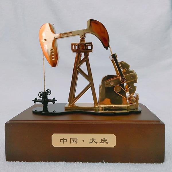 纯铜电动抽油机模型