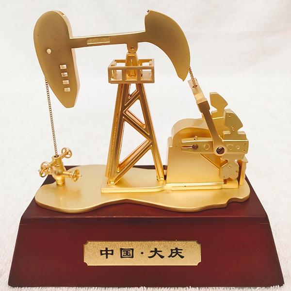 锌合金电动抽油机模型(小号)